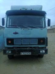 машина МАЗ 1992 года
